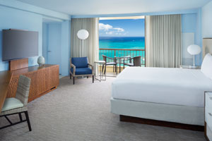 Hyatt Regency Waikiki Beach Resort & Spa - Oceanfront Room