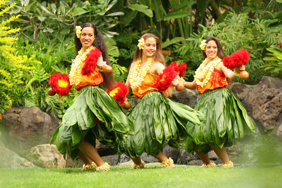 My Hawaii Tours - Chief Lu'au Aloha Experience